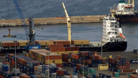 L'économie algérienne devrait continuer à ralentir en 2018 selon Coface