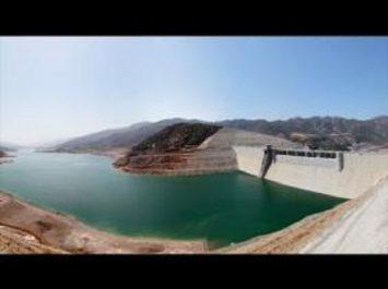 Un taux de remplissage des barrages de 53% à fin décembre 2017 et réception avant juin 2018 de la station de dessalement de Zéralda et de la 1ère drague algérienne de barrages