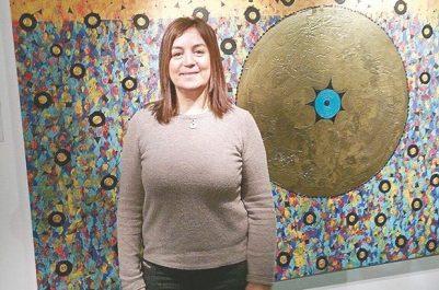 """Anissa berkane, artiste peintre algérienne à londres : """"Le Dhikr Pictural est un message universel de tolérance"""""""