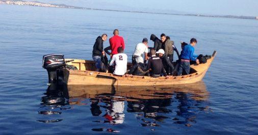 Au moins 2 morts dans le naufrage d'une embarcation de migrants au large d'Oran