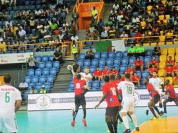 Handball – CAN 2018 (quart de finale) : Angola – Algérie (29-27), le Sept national éliminé