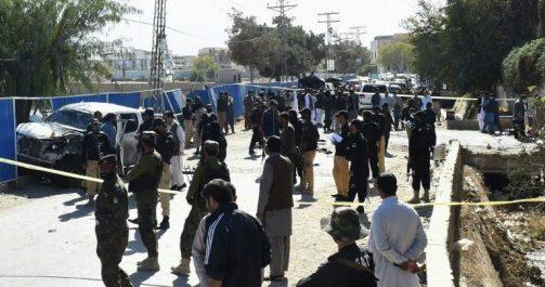 Pakistan: au moins 6 morts dont 5 policiers dans un attentat suicide