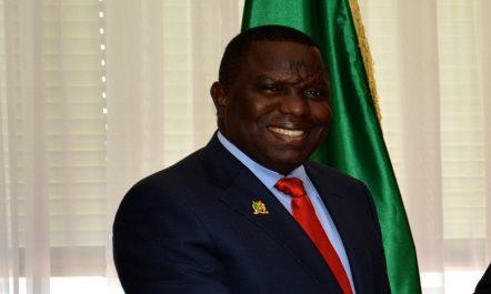 Le ministre zambien des Affaires étrangères démissionne