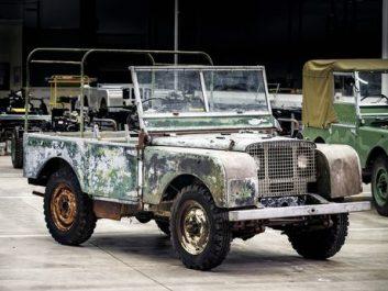 Land Rover : Restauration de l'un des 3 premiers Land Rover pour les 70 ans de la marque