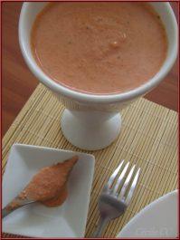 Pain frit à l'indienne et sauce piquante