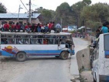 Inde : 45 morts à la suite de la chute d'un bus dans un canal