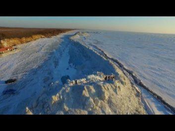 Vidéo- Un immense mur de glace sépare la Russie et la Chine