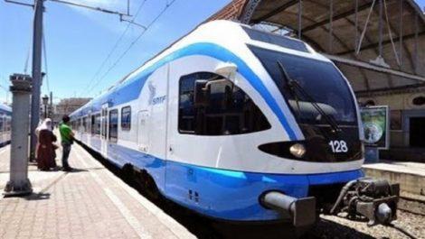 Doté de toutes les commodités et services de qualité: Un train moderne sur la ligne Oran-Alger