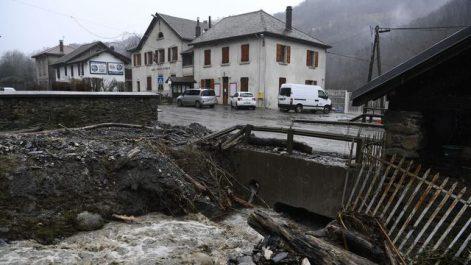 Le passage en France des tempêtes Carmen et Eleanor coûte 200 millions d'euros