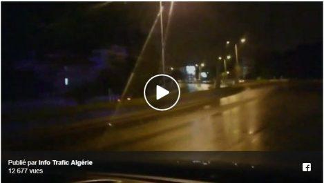 Alger : Une voiture roule à contresens sur l'autoroute de Ben Aknoun (Vidéo)