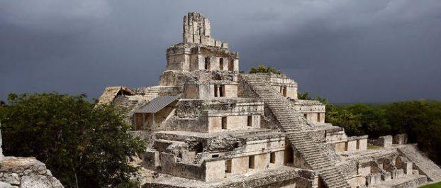 Une cité maya découverte au Guatemala (Vidéo)