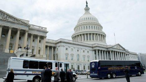 Le Congrès américain publie la note controversée dénonçant les méthodes du FBI