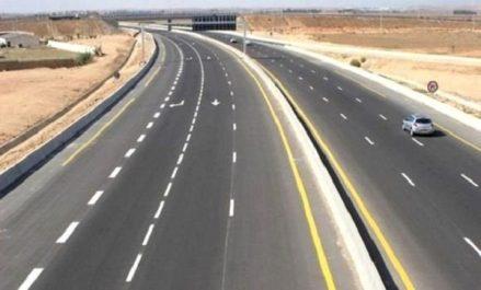 Tlemcen : Des agents des travaux publics percutés par un véhicule, un mort et 2 blessés