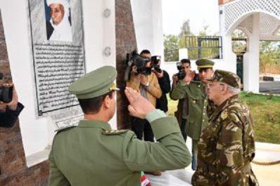 Gaïd Salah achève sa visite à la 6ème Région militaire