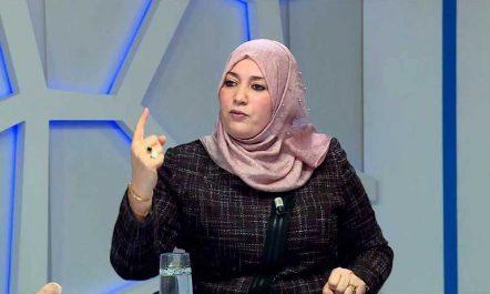 Naïma Salhi, faut-il répondre à une hétaïre politique ?