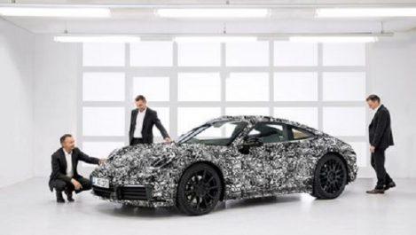 Volkswagen Group : Porsche tease la nouvelle 911