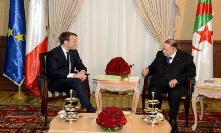 Macron et Bouteflika entretiennent un dialogue permanent, selon l'Élysée