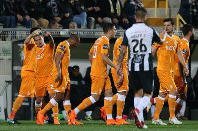 Porto : Le but de Brahimi face à Portimonense (Vidéo)