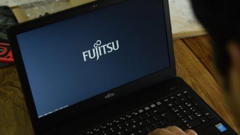Fujitsu en pourparlers pour vendre une unité de téléphonie mobile
