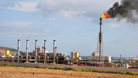 En Espagne: Enquête sur la centrale hybride de Hassi R'mel