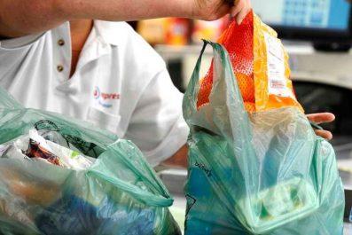 Campagne contre le sachet plastique à bouira : De qui se moque-t-on?