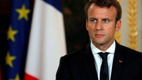 Macron, le FN et les sans papiers