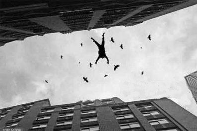 Tiaret : Une fille se jette du 5ème étage