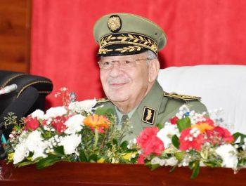 Gaïd Salah réaffirme l'intérêt accordé au système de formation au sein de l'ANP