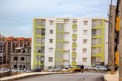 Livraison des logements: Temmar presse les walis