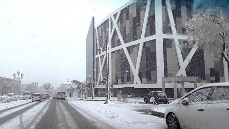Week-end à Sétif sous la neige : Les élus, le 1055 et…d'autres aux abonnés absents