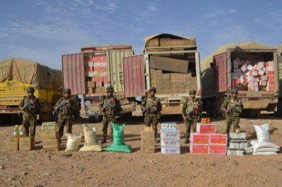 Saisie de plusieurs quantités de carburant et de produits alimentaires destinés à la contrebande (MDN)