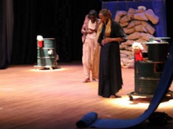 8èmes Journées du «Théâtre du Sud» : un cas d'amour « halet houb » au commencement