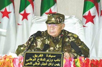 """L'armée fixe """"LA LIGNE ROUGE"""" dans un contexte de paralysie politique et d'effervescence sociale : À qui s'adresse Gaïd Salah ?"""