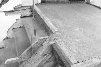 ELLES SONT À L'ORIGINE DE NOMBREUX ACCIDENTS ÉVITABLES : Des cages d'escalier sans rampes de sécurité