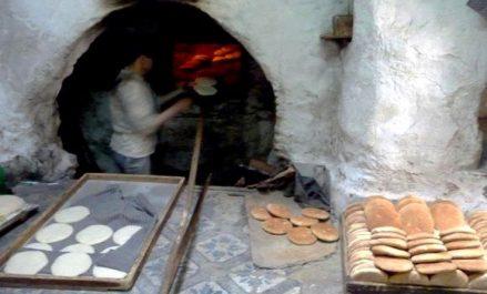 Les familles tlemcéniennes «nostalgiques» du pain cuit à l'ancienne