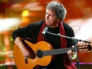 L'artiste italien Eugenio Bennato anime un concert à Alger