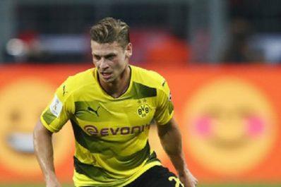 Dortmund : Lukasz Piszczek blindé