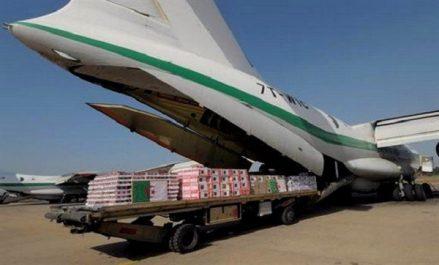 Camps des réfugiés maliens à Bassikounou: arrivée d'aides humanitaires de l'Algérie à Nouakchott