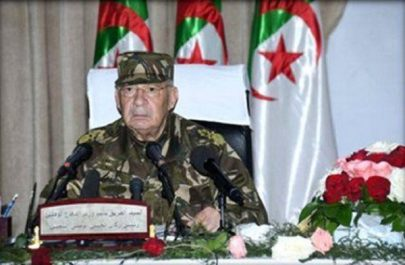 Gaïd Salah met en avant le «haut niveau» atteint par les fabrications militaires