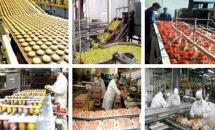 Le président Bouteflika appelle au développement des industries agroalimentaires