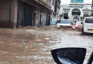 Les intempéries ont causé beaucoup de dégâts: Accidents, routes coupées et inondations