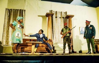 Zimbabwe : Le théâtre apprend à rire de Mugabe