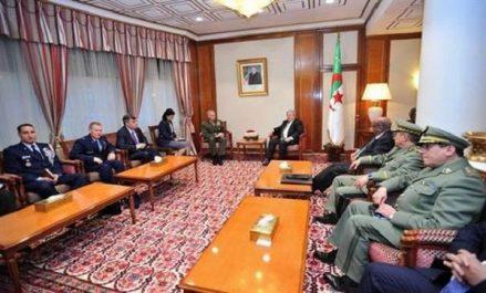 Ouyahia reçoit le commandant de l'Africom