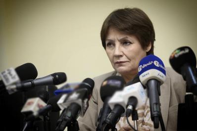 Nouria Benghebrit : «aucune suppression d'examens ne sera établie».