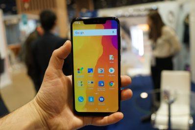 Condor signe son 1er smartphone intégrant l'intelligence artificielle 0