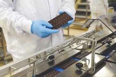 Conséquence de l'interdiction de 800 produits à l'importation : L'instabilité réglementaire bloque la production nationale