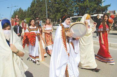 Célébration du 20 avril : Marches commémoratives dans la diversité à Béjaïa
