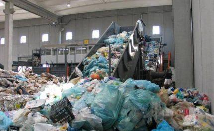 «34 stations de traitement de déchets seront réalisées à travers le pays»