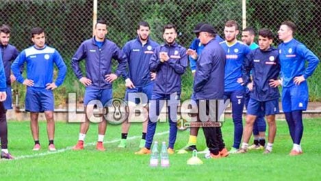 JSK : Bouzidi : «On jouera ce mardi pour gagner les trois points»