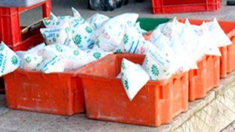 Les producteurs et les distributeurs doivent respecter les cahiers de charges pour assurer la disponibilité du lait